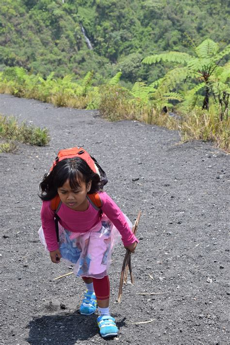 catatan perjalanan gunung galunggung hiking lab