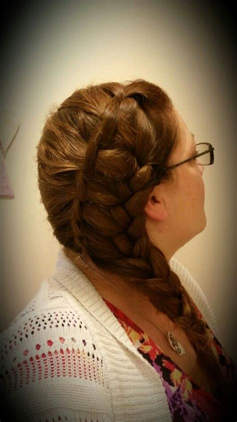 cut side hair into swimg side swept waterfall twist into braid wedding hair