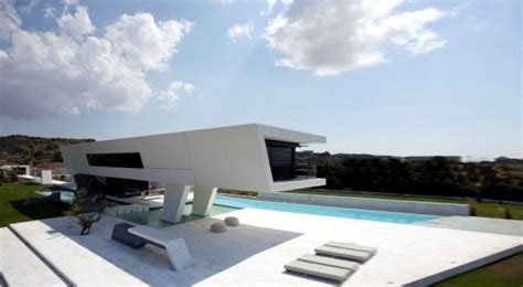 minimalist house design  pure geometric forms