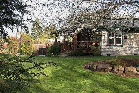 Arbor Garden Cottages Artist S Studio Loft Bed And Breakfast Vashon Wa B B