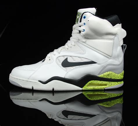 nike air command force retro  wave