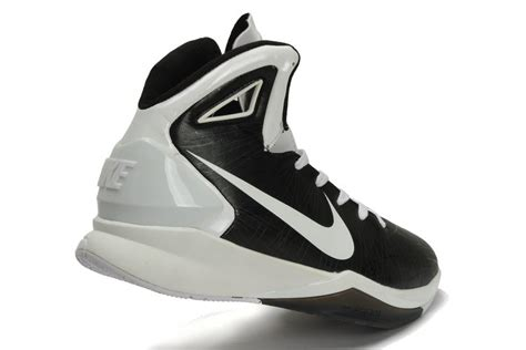black and white basketball shoes nike hyperdunk 2010 s black and white basketball shoe