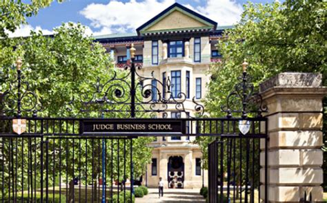 Cambridge College Mba by Meet The Team Ubc Sauder School Of Business Businessbecause
