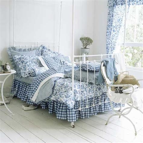 blue white bedroom homeofficedecoration blue and white country bedrooms