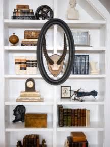 bookshelf and wall shelf decorating ideas hgtv design idea book editors of sunset books 9780848731960