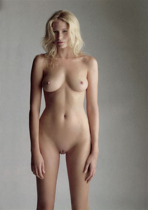 tuuli shipster strips down  pletely nude   nude tv show