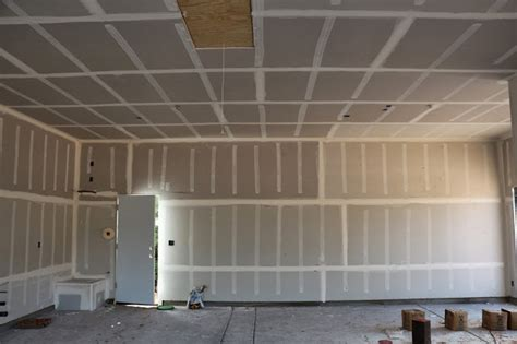 Taping Drywall Ceiling by Dusty Coyote Drywall