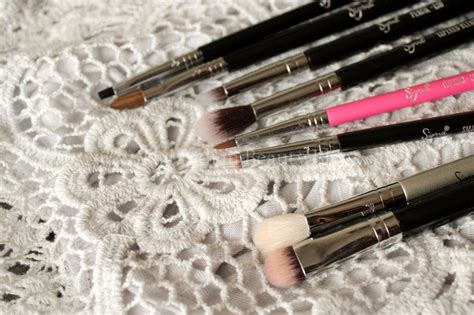 Sigma E17 Waterline Liner makeup brushes my collection the indian