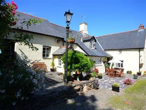 Cottages Barnstaple by 6 Bedroom Cottage In Barnstaple Friendly Cottage In