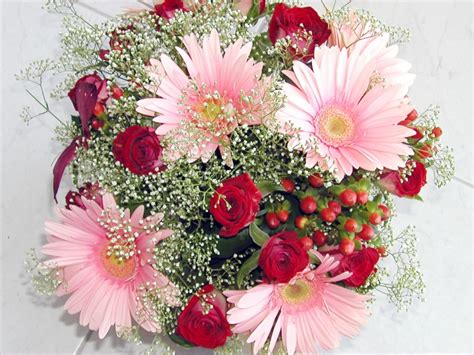 flowers for valentines day beautiful flowers for valentines day 21146 hd wallpapers