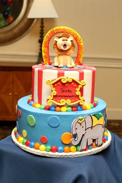 circus themed baby shower decorations circus themed baby shower baby shower