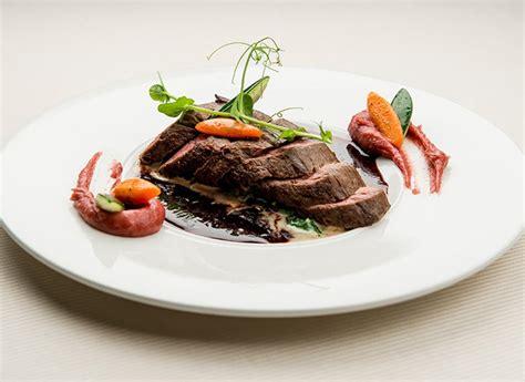 cuisiner une 駱aule de chevreuil filet de chevreuil sauce grand veneur intermarche belgique