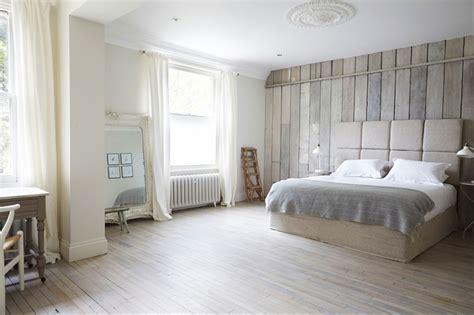floor to ceiling headboards 25 fabulous bedroom ideas for floor to ceiling headboards