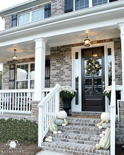 Front Door Railings 25 Best Ideas About Front Porch Railings On Porch Railings Garden Railings And