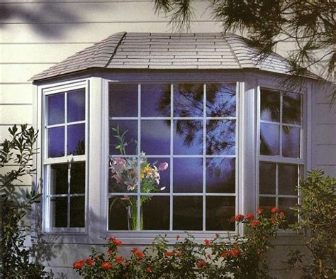 House With Bay Windows Pictures Designs Bay Windows Design Search Small House Pinterest