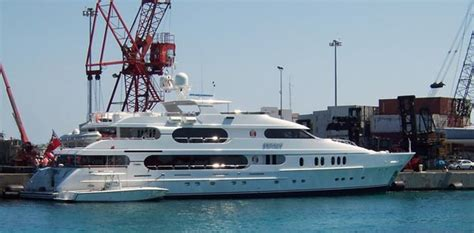 tige boats management tiger woods yacht cost