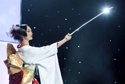 imagenes de mis japon miss universo 2011 miss jap 243 n con un traje t 237 pico de su