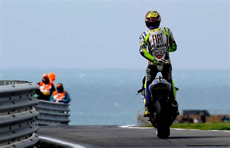 free wallpaper valentino rossi valentino rossi hd free high definition wallpapers
