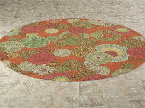 Vintage Bathroom With Floral Splash Target Rug And Round Vintage Bathroom Rugs