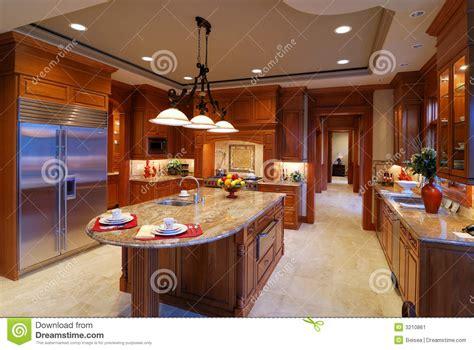 house plans with big kitchens cocina grande imagen de archivo imagen 3210861