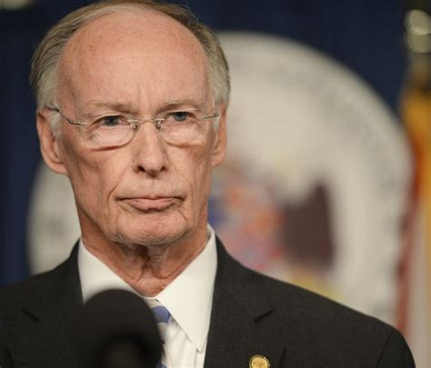 robert bentley world news today alabama guv s steaming affair drags in