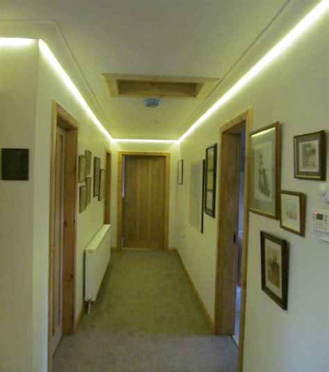 gesims beleuchtung concealed led colour changing coving lighting