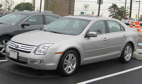 how does cars work 2007 ford fusion lane departure warning file ford fusion sel jpg wikimedia commons