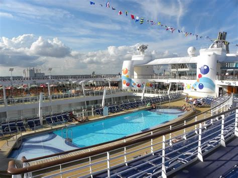 the seas decks royal caribbean oasis of the seas amazing places