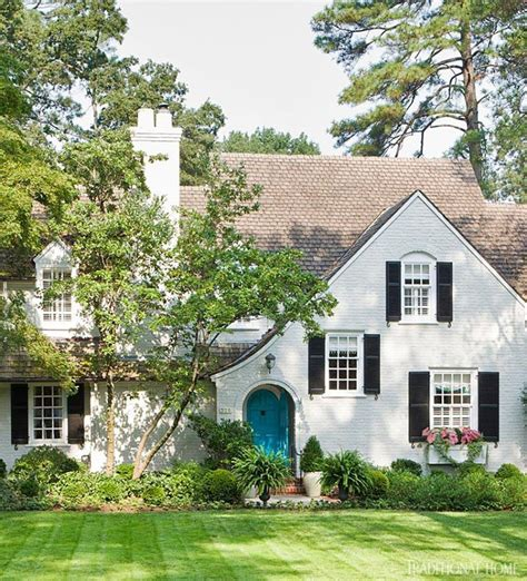 Turquoise Exterior House Paint - 20 white brick exterior walls to envy