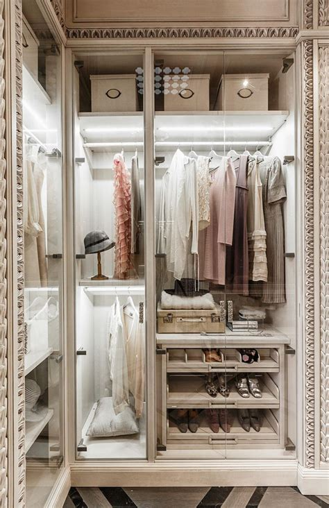 neoclassical and art deco features in two luxurious interiors 477 best other spectacular spaces images on pinterest