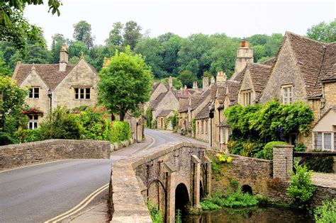 best in cotswolds 18 of the prettiest villages in the cotswolds simon s jamjar