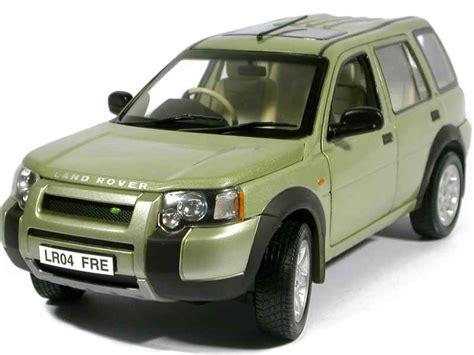 light green range rover land rover freelander v6 5 doors 2003 ertl 1 18