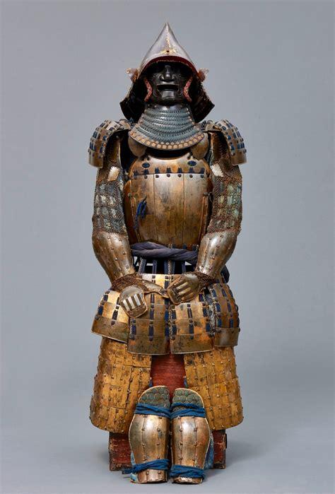 1 samurai armour volume i the japanese cuirass general books a japanese shogun suit of armor late edo 18 19th c