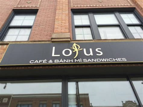 lotus cafe chicago lotus cafe banh mi sandwiches chicago restaurant