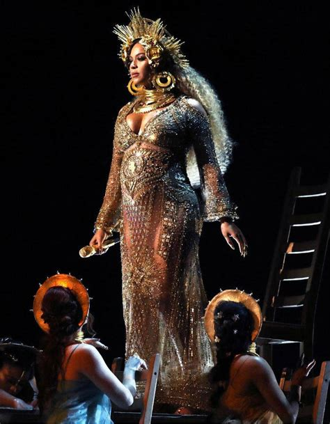 Hit The Floor Hit The Floor Song - grammys 2017 red carpet looks adele beyonce rihanna lady gaga and jennifer lopez slay the