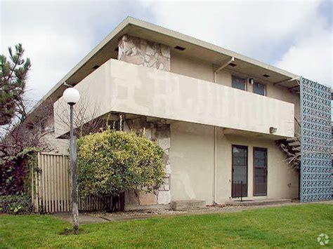 El Camino Patio Apartments by El Camino Patio Apartments Rentals Sacramento Ca