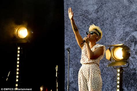 Wafy Set Jumpsuit By Sybill wireless festival 2013 emeli sande scores another style