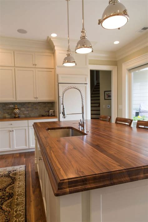 Finishing Butcher Block Countertop by 25 Best Ideas About Walnut Countertop On Wood