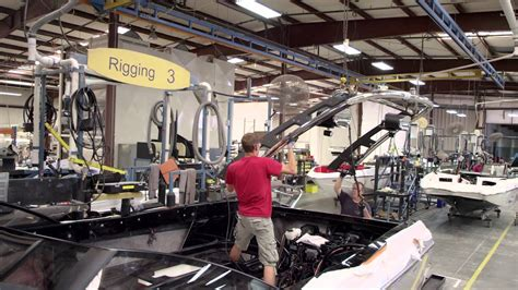 nautique boats factory tour malibu factory tour 2014 watch how they make malibu boats