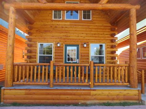 Cabins Near Mackinaw City by Cabins Of Mackinaw Mackinaw City Mi Aaa