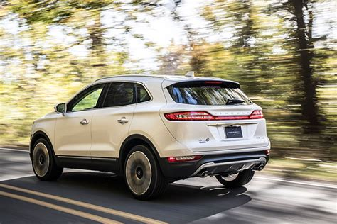 2019 Lincoln Mkc by New 2019 Lincoln Mkc Compact Crossover Gets Facelift