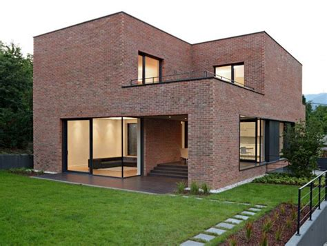 brick home designs best 25 modern brick house ideas on pinterest modern