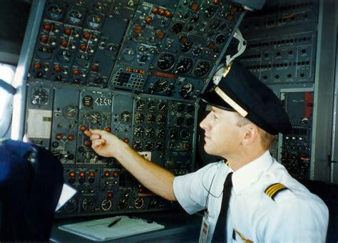 twa boeing 727 flight engineer panel on the panel of the