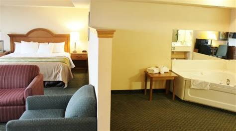 comfort inn by carlson comfort inn suites st louis chesterfield updated