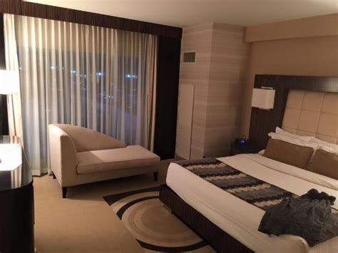 Motor City Room by King Size Bed In Executive Suite Picture Of Motorcity