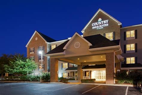 country inn lancaster country inn suites of lancaster by carlson across