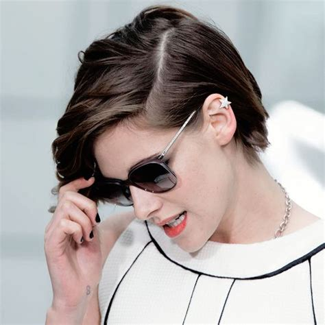 how to keep your hair behind your back 25 best ideas about kristen stewart short hair on