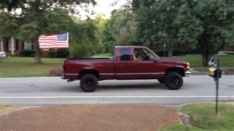 flag truck how to properly mount a flag to your truck bed