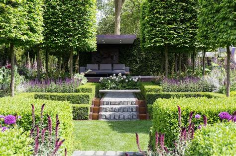 Small Cottage Garden Ideas Garden Tour A Small Garden Design With A Seating Area