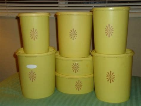 Retro Canisters Kitchen by Pin By Ninette Andersen On Kitchen Dishes Accents